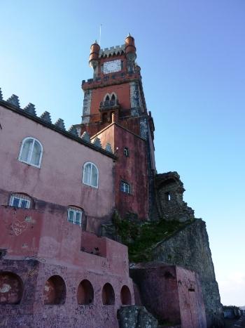 As ruínas do Mosteiro de Nossa Senhora da Pena
